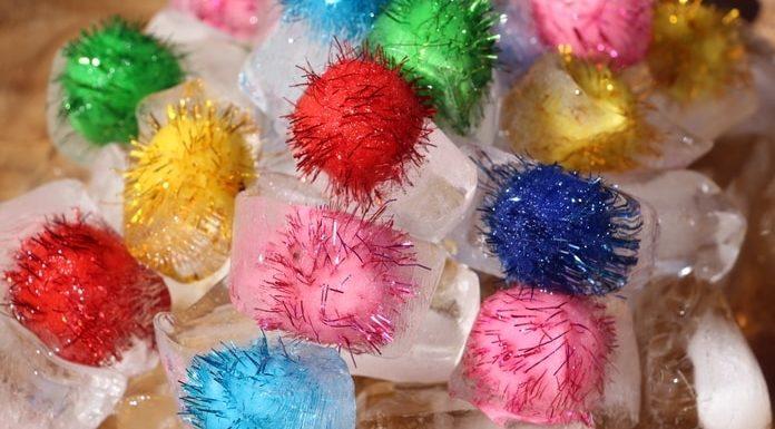 Cubos gelo com pompom-capa
